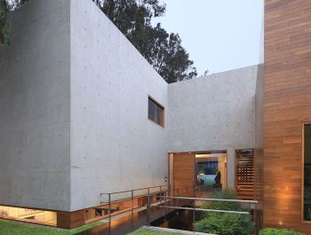 House H | OZ Arq
