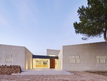 Stone Golf Clubhouse | GRAS Arquitectos