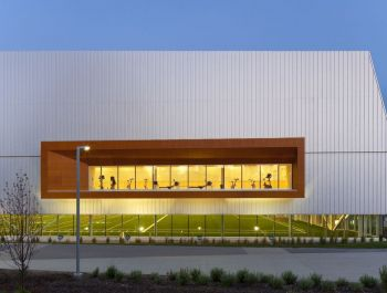 Commonwealth Community Recreation Centre | MacLennan Jaunkalns Miller