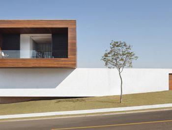 LA House | Guiherme Torres