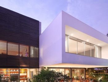 House M | Jaime Ortiz de Zevallos