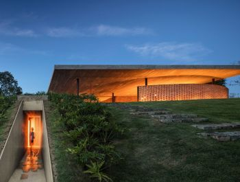 Planar House in Brazil | Studio MK27