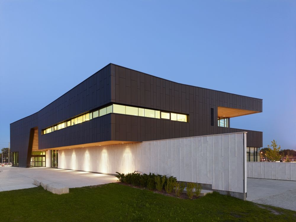 Chinguacousy ski chalet maclennan jaunkalns miller for Tianhua architecture design company