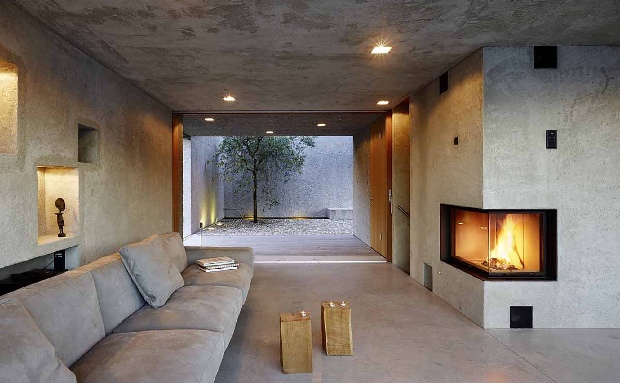 543dbf0bc07a801fe700027d_house-in-brissago-wespi-de-meuron-romeo-architects_1433_033359a