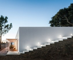 Rural-Tourism-in-Odemira-designed-by-ida-arquitectos_dezeen_784_17