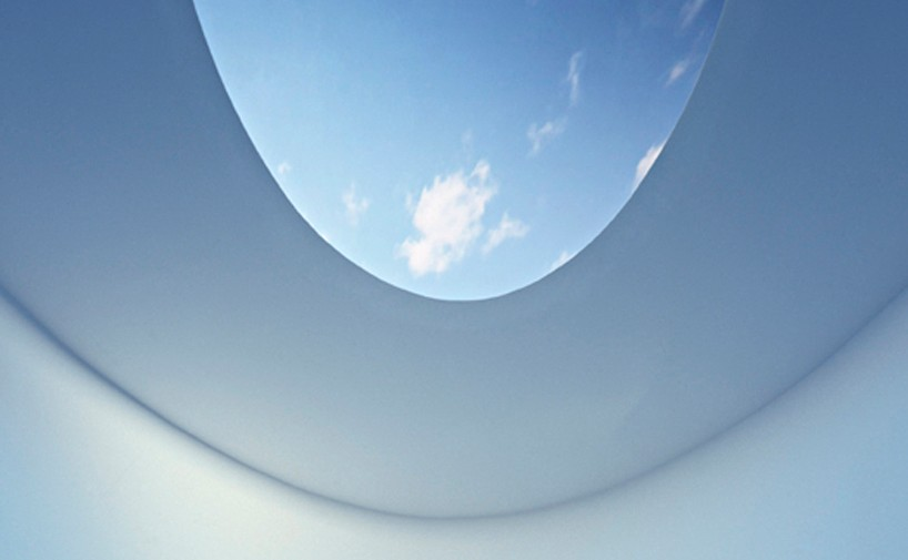 james-turrell-the-color-inside-designboom-22 - Copy - Copy