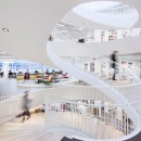 Helsinki-University-Library-by-Anttinen-Oiva-Architects_mika-huisman_dezeen_784_3