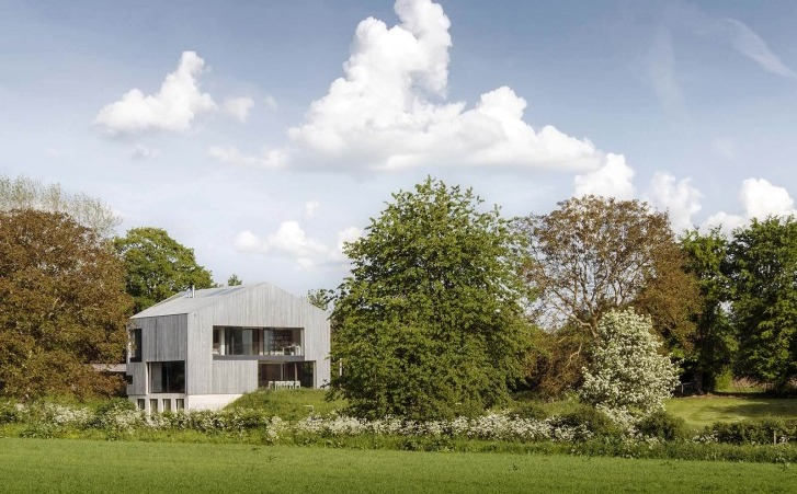 54504f51e58ece63a8000152_house-in-oxfordshire-peter-feeny-architects_01-728x482