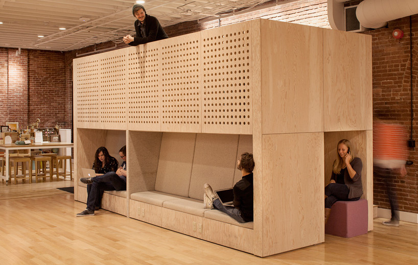 airbnb-portland-office-customer-experience-designboom-04