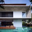 5069415f28ba0d2aad0000a0_m-house-ong-ong-architects_jalanampang_161534