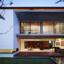 5069419028ba0d2aad0000a5_m-house-ong-ong-architects_jalanampang_161755