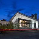 537196bfc07a804e4e00005a_distict-hall-boston-s-public-innovation-center-hacin-associates_gus_20131009_8184-05_gather_sign