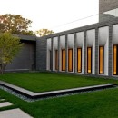 Room-Lakewood-Cemetery's-Garden-Mausoleum-Design-by-HGA-Architects-Minimalist-Interior-Design