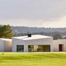 Stone-Clubhouse-by-GRAS-arquitectos_dezeen_784_0