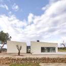 550a56c8e58ece15110000d0_stone-clubhouse-gras-arquitectos_portada_gras_golf_05