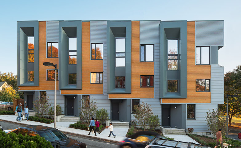 Roxbury-E-plus-by-ISA_dezeen_784_0