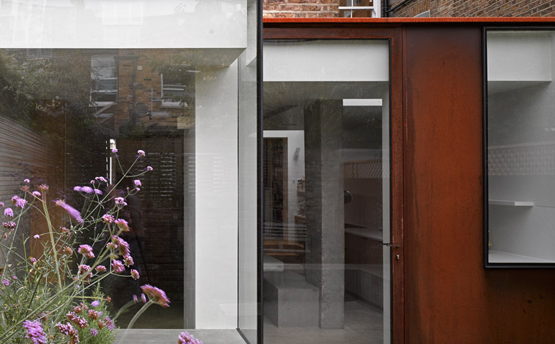 Shepherds-Bush-House-McLarenExcell-NickGuttridge_dezeen_784_0