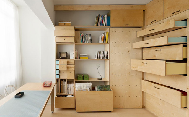 Space-saving-modular-studio-for-an-artist-by-Raanan-Stern_dezeen_ss_2