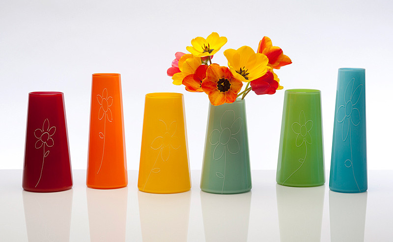 01_flower_vases_two_tone_studios