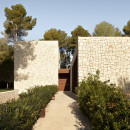 Casa-El-Bosque-by-Ramon-Esteve-Estudio_dezeen_SQ02