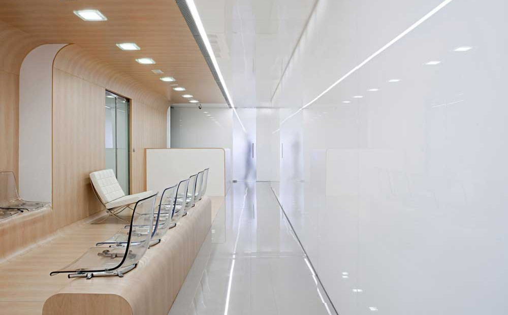 Dental-Office-continuous-corridor-interior-design