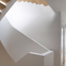 White-Snake_Staircase_Space4Architects_New-York-townhouse_dezeen_1568_2