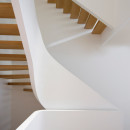 White-Snake_Staircase_Space4Architects_New-York-townhouse_dezeen_936_1