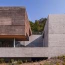 carvalho-araujo-casa-geres-house-portugal-designboom-03