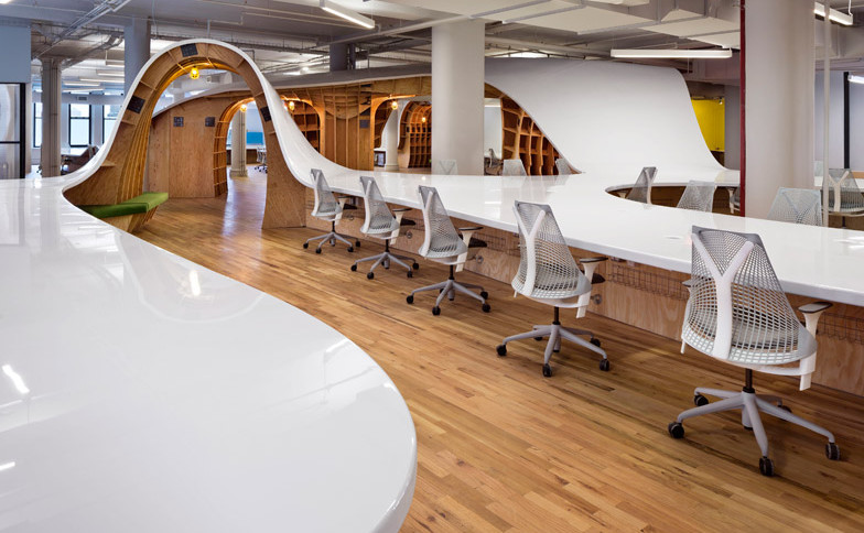 Clive-Wilkinson-Architects-Super-Desk-at-Barbarian-Offices_dezeen_784_1