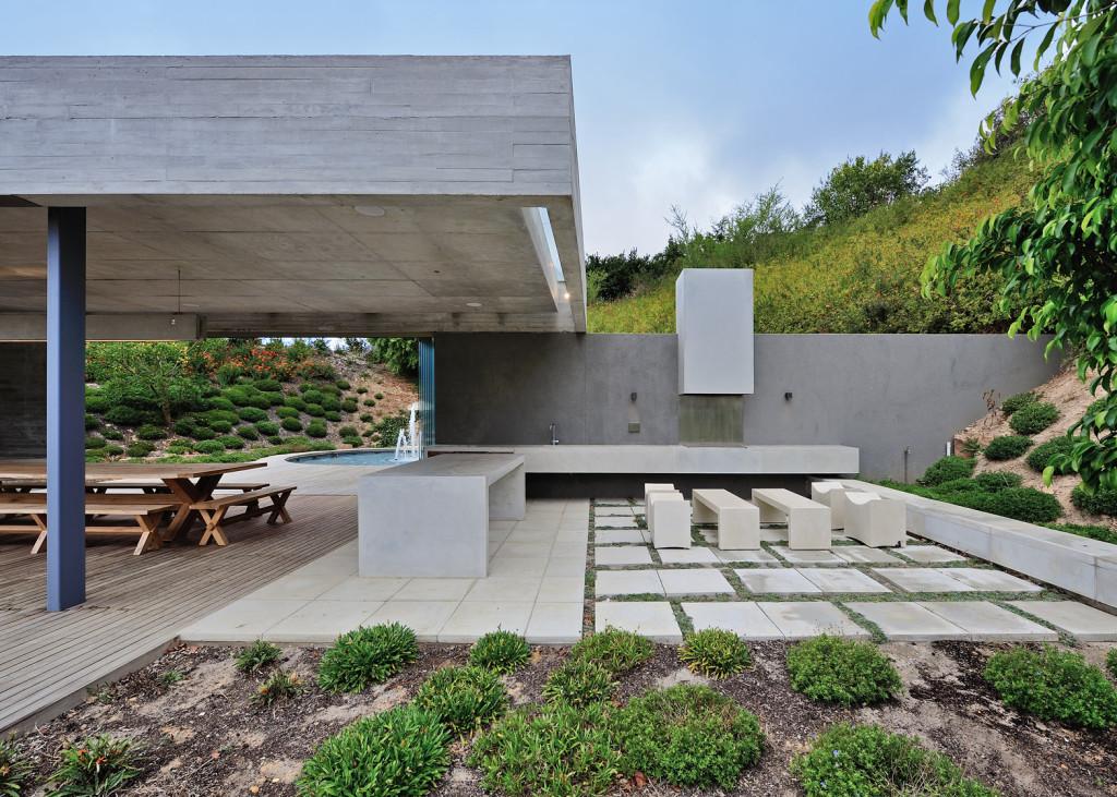 Concrete Garden Pavilion Metropolis