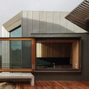 Fairhaven Beach House designed by Australian firm John Wardle Architects10
