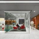 thumbs_13966-glass-cube-lounge-marriott-lobby-gensler-1115.jpg.770x0_q95