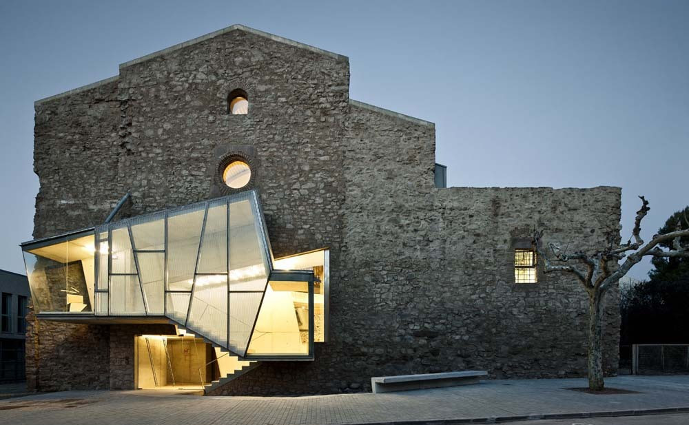 Saint Francis Convent Auditorium | David Closes