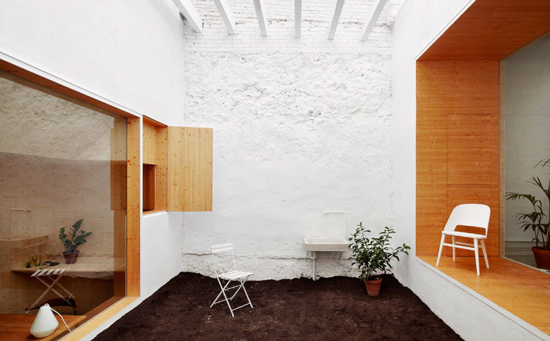 dezeen_Studio-renovation-by-MAIO_ss_2