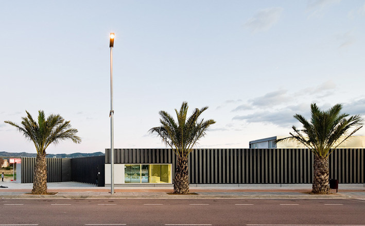 dezeen_Swimming-Pool-in-Tortosa-by-Arquitecturia_ss_3