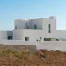 Summer-House-in-Santorini_Kapsimalis-Architects_dezeen_1568_3
