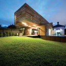 Trojan House | Jackson Clements Burrows33