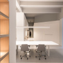 in-and-between-boxes-lukstudio-interiors-atelier-peter-fong-offices-china_dezeen_2364_col_19