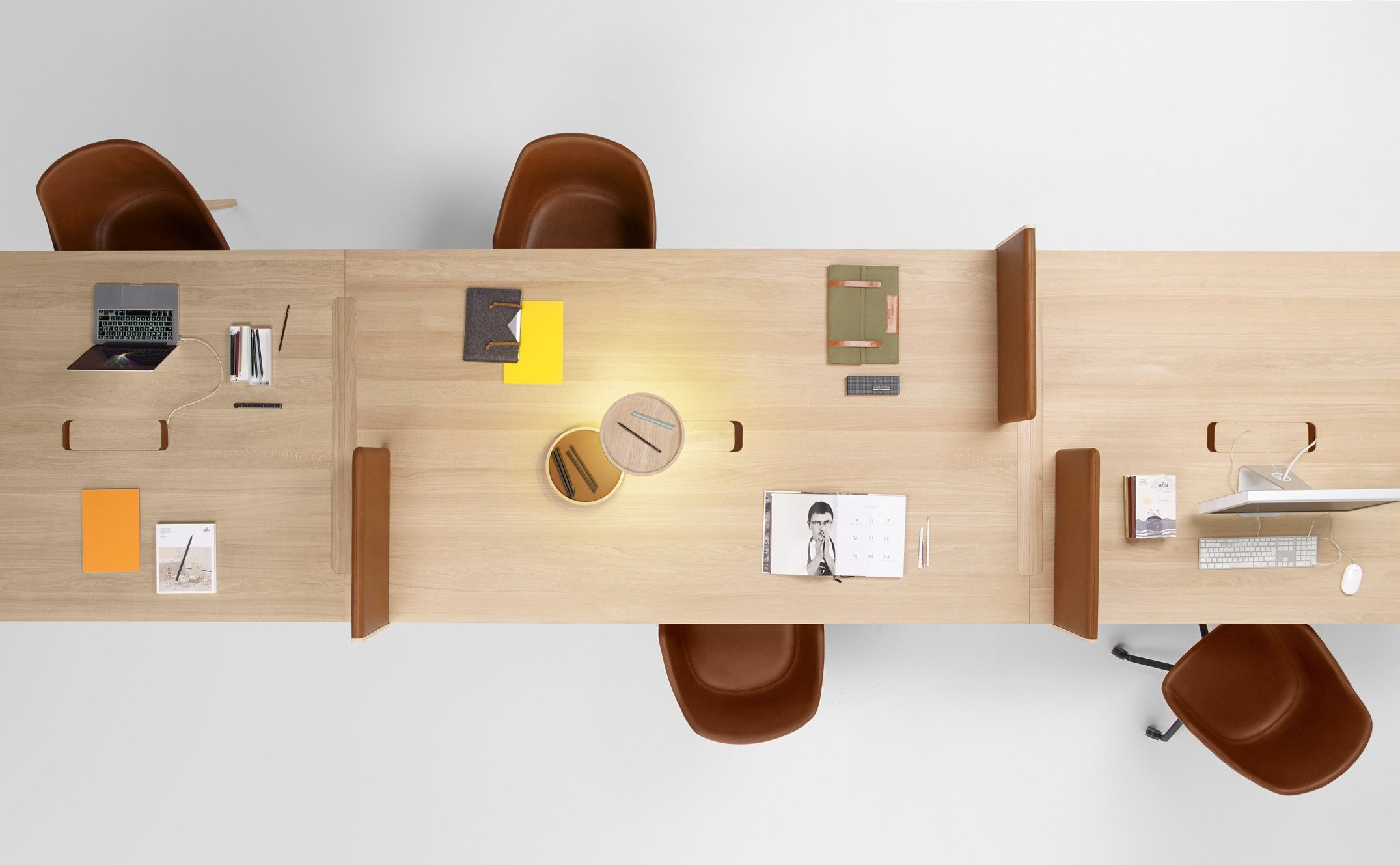 heldu-table-iratzoki-lizaso-furniture-design_dezeen_2364_hero