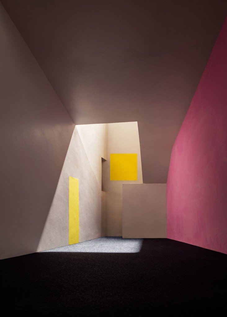 Classic Modern Colors Luis Barrag 225 N