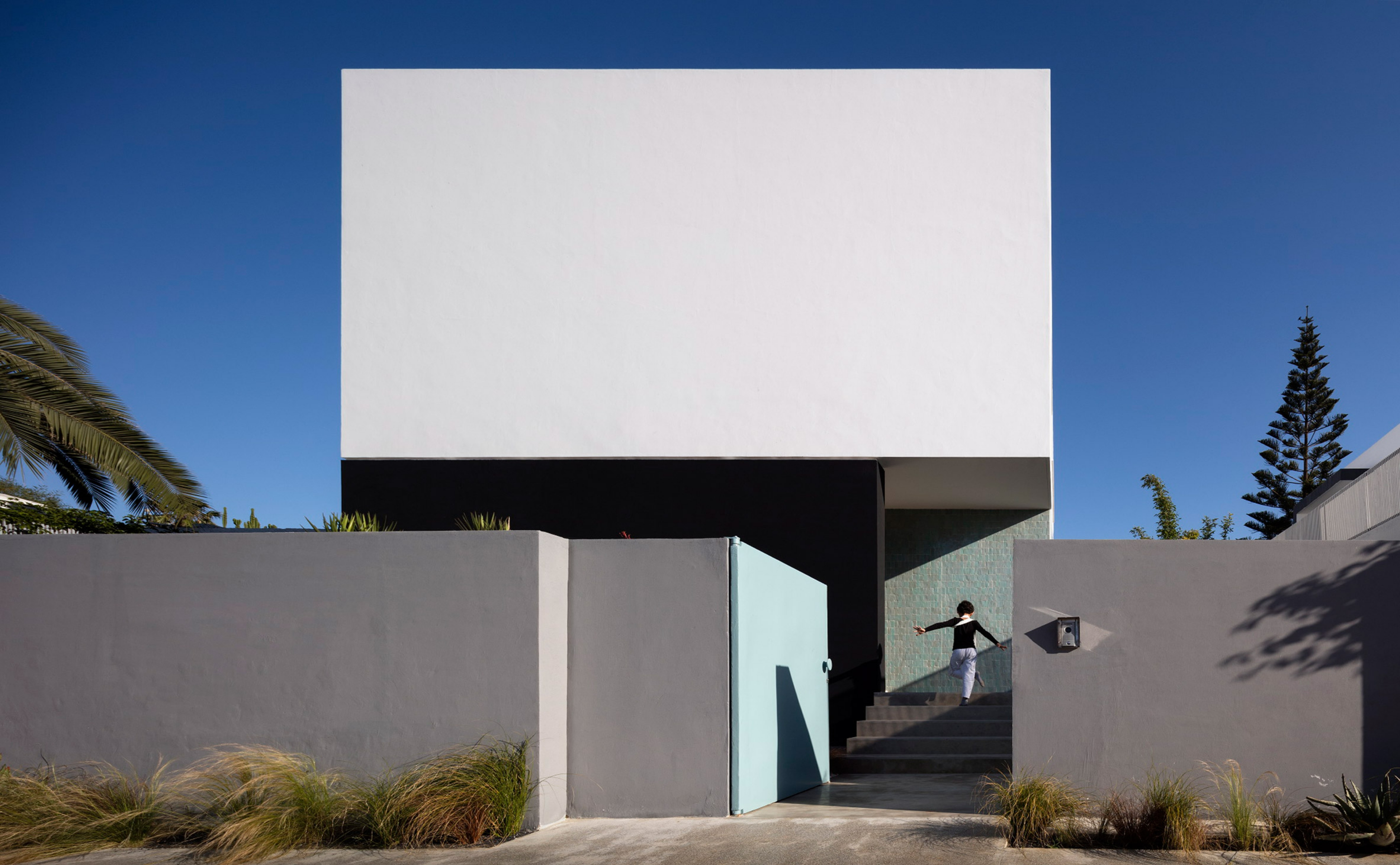 x-villa-agava-driss-kettani-architecture-residential-casablanca-morocco_dezeen_2364_col_0