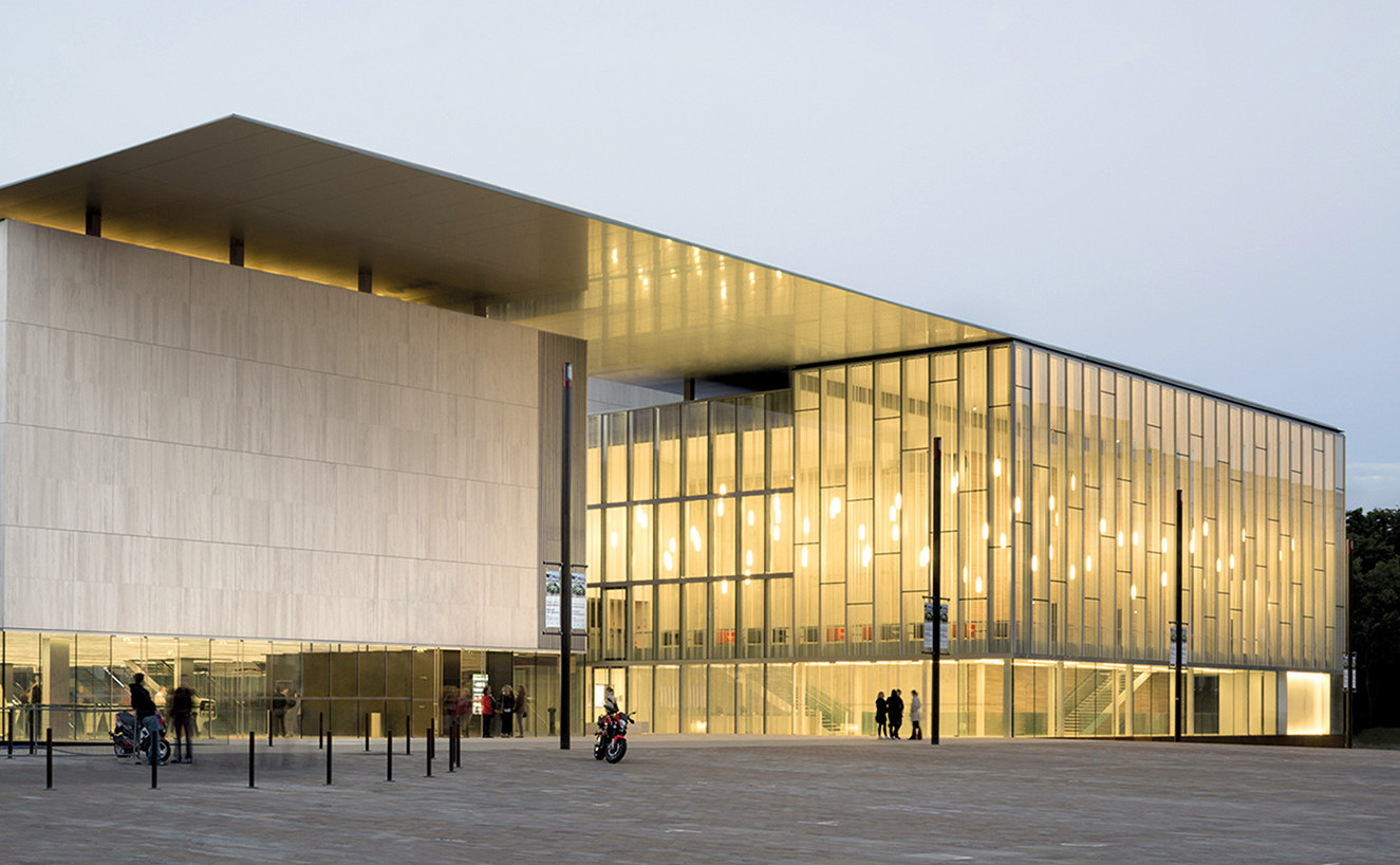 Les Quinconces Cultural Center | Babin+Renaud