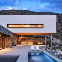franklin-mountain-house-hazelbaker-rush-el-paso-texas-house-stone-desert0A_dezeen_2364_col_3