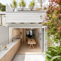 surry-hills-house-nenn-penna-architecture-interiors-uk-houses_dezeen_2364_col_11