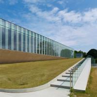 waterdown-library-civic-centre-rdha-ontario-toronto-hillside-cantilever-stone-glass_dezeen_10