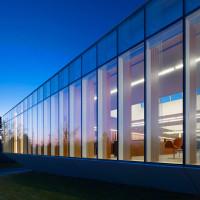 waterdown-library-civic-centre-rdha-ontario-toronto-hillside-cantilever-stone-glass_dezeen_dezeen_1704_col_1