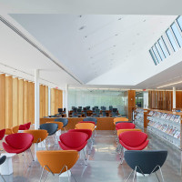 waterdown-library-civic-centre-rdha-ontario-toronto-hillside-cantilever-stone-glass_dezeen_dezeen_1704_col_2