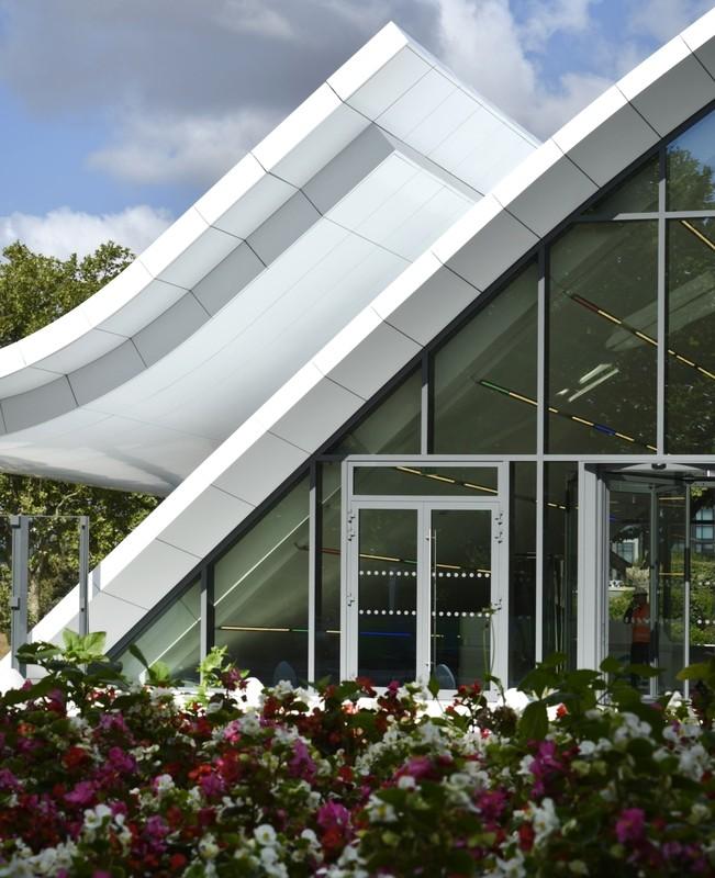 Pavillon d'Accueil Eole - Crédit Agricole 12, place des Etats-Unis - 92120 Montrouge