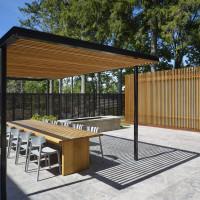 clearview-pavilion-veranda-pool-house-garden-spruce-toronto-amantea-architects-ontario-canada-canadian_dezeen_11