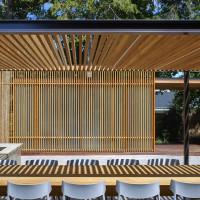 clearview-pavilion-veranda-pool-house-garden-spruce-toronto-amantea-architects-ontario-canada-canadian_dezeen_hero